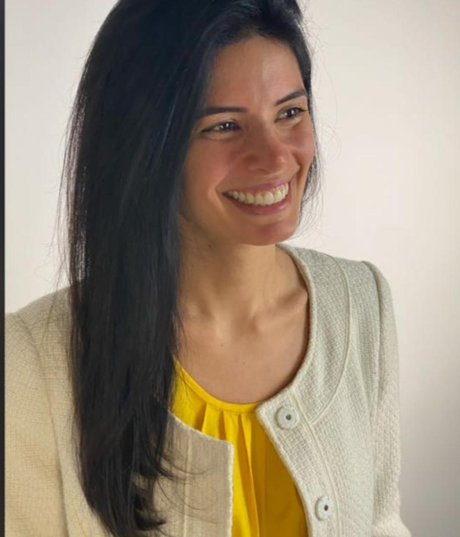 Ana Claudia Carvalho Bezerra