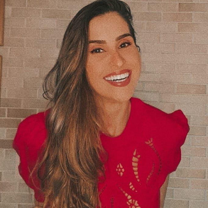 Rúbia Carvalho Gomes Corrêa